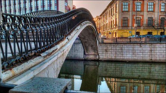 таможенный мост через яузу