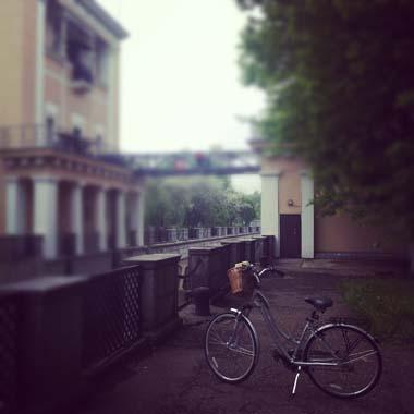 Город, велосипед, девушка