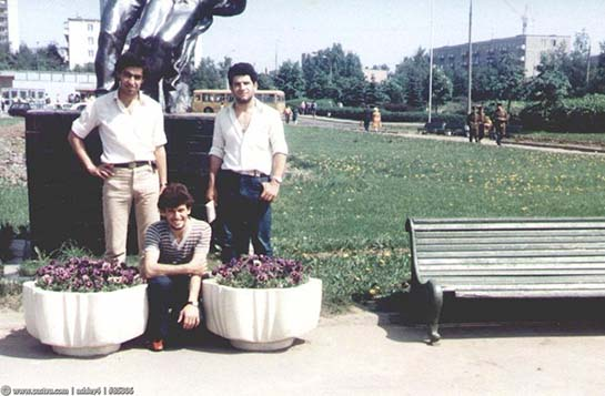 """Перед кинотеатром """"Брест"""". 1984г."""