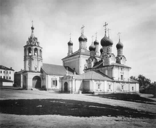 cerkvi-kazanskaya-i-georgievskaya-pozadi-byvshego-georgievskogo-monastyrya-chto-na-bolshoy-dmitrovke
